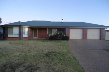 1 Kamaroo Ct, Glenfield Park, NSW 2650