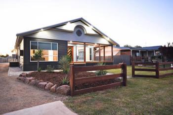 46 Manildra St, Narromine, NSW 2821