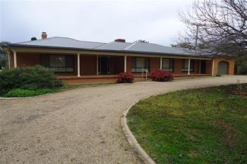 122 Rosevale Dr, Lake Albert, NSW 2650