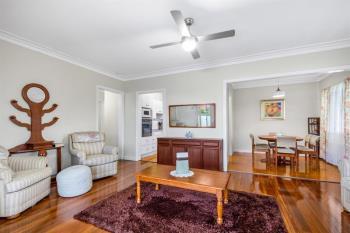 1 Toohey Rd, Tarragindi, QLD 4121