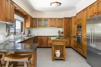 84 Murphys Ave, Keiraville, NSW 2500
