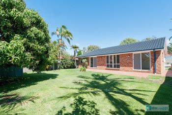 107 Rocky Point Rd, Fingal Bay, NSW 2315