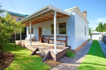14 Lachlan St, Thirroul, NSW 2515