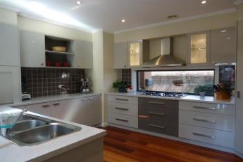 22 Bogong Cres, Tatton, NSW 2650