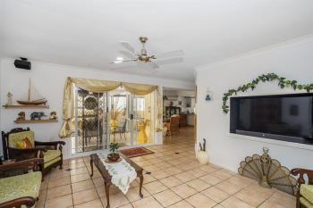 33 Banksiadale Cl, Elanora, QLD 4221