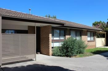 2/486 Kotthoff St, Lavington, NSW 2641
