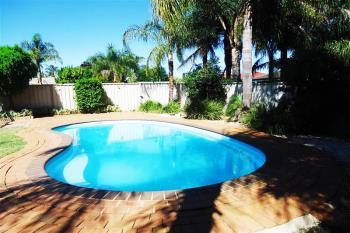 27 Kaldari Cres, Glenfield Park, NSW 2650