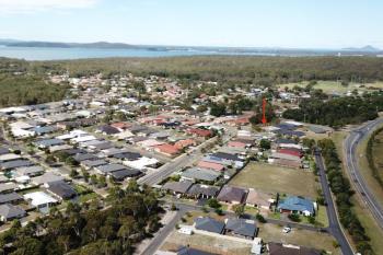 100 Pershing Pl, Tanilba Bay, NSW 2319