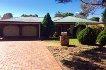 3 Oak St, Forbes, NSW 2871