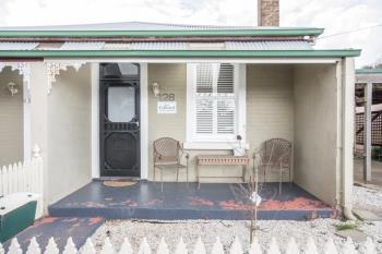 128  Edward St, Orange, NSW 2800