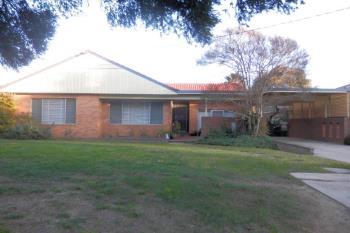 4 Acacia St, Kooringal, NSW 2650