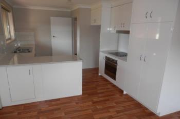 11 Tinga Cres, Kooringal, NSW 2650
