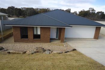 25 Sunvale Cres, Estella, NSW 2650