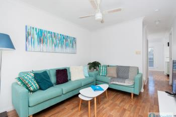 4/6 Crystal Cl, Fingal Bay, NSW 2315