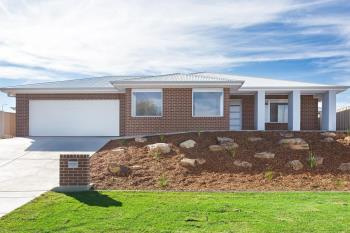 22 Ellerslie St, Gobbagombalin, NSW 2650