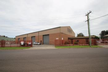 2/2 Resolution Dr, Unanderra, NSW 2526