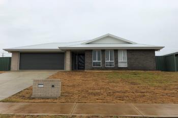 1 Hazelwood Dr, Forest Hill, NSW 2651