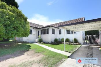 617 Henry Lawson Dr, East Hills, NSW 2213