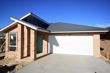 Dwelling 3/27 William Maker Dr, Orange, NSW 2800
