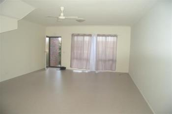 2/6 Wybalena Cres, Toormina, NSW 2452