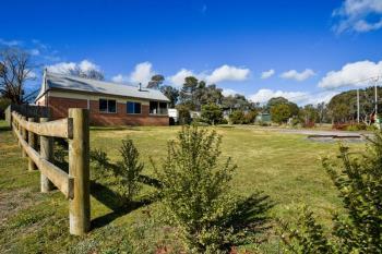79 Caoura Rd, Tallong, NSW 2579