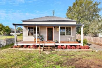27 Hunter St, Greta, NSW 2334