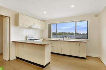 8/15 Hillcrest St, Wollongong, NSW 2500