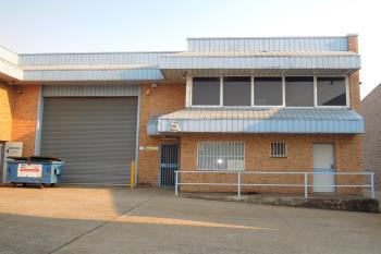5/7 Cunningham St, Moorebank, NSW 2170