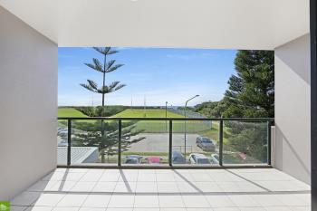 18/4 Bank St, Wollongong, NSW 2500