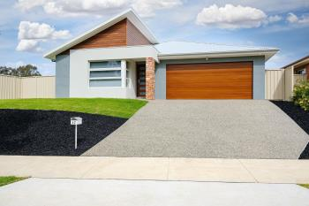42 Albatross Ave, Glenroy, NSW 2640