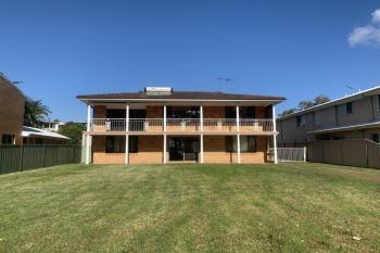 54 Peace Pde, Tanilba Bay, NSW 2319