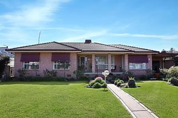 4 Bathurst St, Forbes, NSW 2871