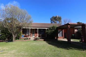 13 Chelsea Cres, Forbes, NSW 2871