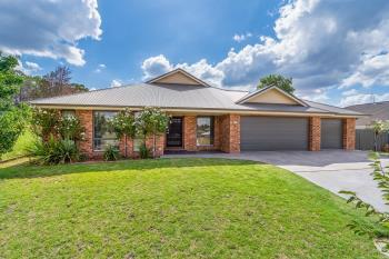 14 Brookfield Way, Orange, NSW 2800