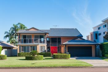 89 Rocky Point Rd, Fingal Bay, NSW 2315