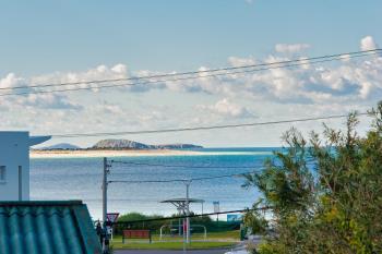 1/10 Boulder Bay Rd, Fingal Bay, NSW 2315