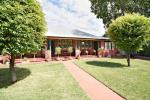 126 Third Ave, Narromine, NSW 2821