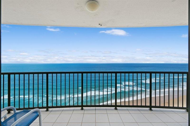32e 4 Old Burleigh Rd Surfers Paradise Qld 4217 Apartment Sold December 2020 Surfers Paradise Real Estate World
