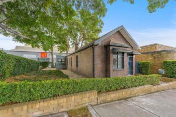 Cottage/1-7 Unwins Bridge Rd, St Peters, NSW 2044