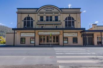 208-216 Main St, Lithgow, NSW 2790