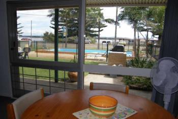 2/91 Main St, Manning Point, NSW 2430