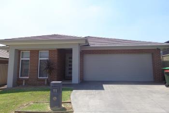 11 Mcmaster Ave, Middleton Grange, NSW 2171