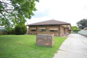2/515 Margaret Pl, Lavington, NSW 2641