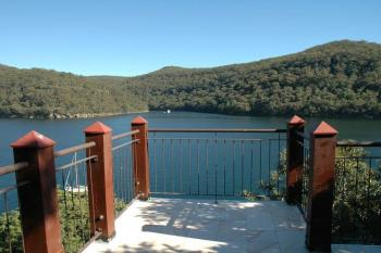 18 Cottage Point Rd, Cottage Point, NSW 2084