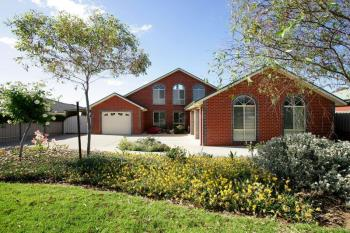 13 Bourkelands Dr, Bourkelands, NSW 2650