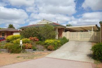 9 Thornhill Cres, Dunlop, ACT 2615