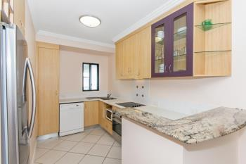 26/18 Sir Leslie Theiss Dr, Townsville City, QLD 4810