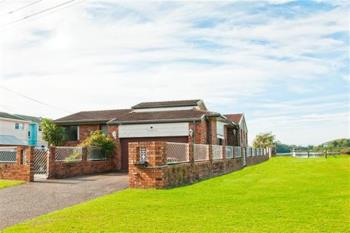 18 Haiser Rd, Greenwell Point, NSW 2540