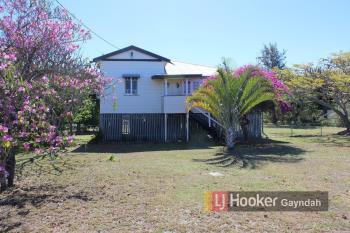30 Barrow St, Gayndah, QLD 4625