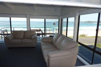2/28 Beach Rd, Mollymook, NSW 2539